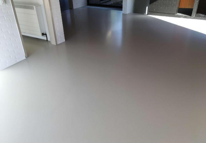 Vloerconcept - PU gietvloer - RAL 9002 - Alken