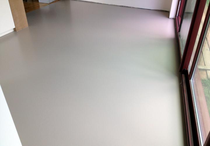 Vloerconcept - PU gietvloer - NCS S 3005-Y50R - Hasselt