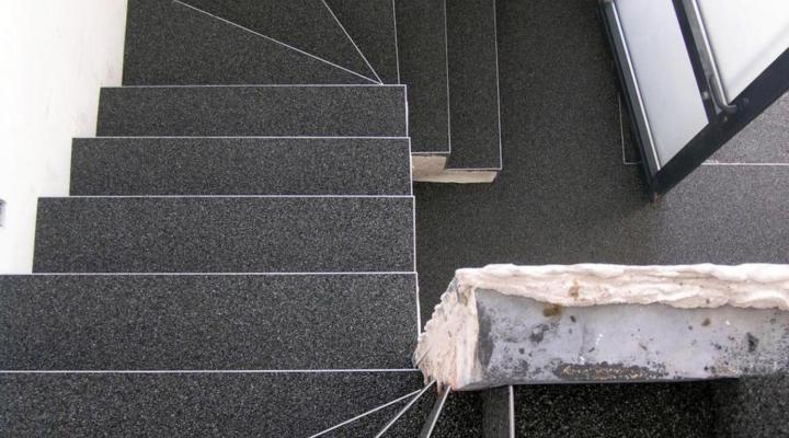 Vloerconcept - Steentapijt trapbekleding - S 7030 - 2/3mm