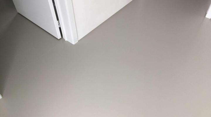 PU gietvloer - RAL 7044 - Retie